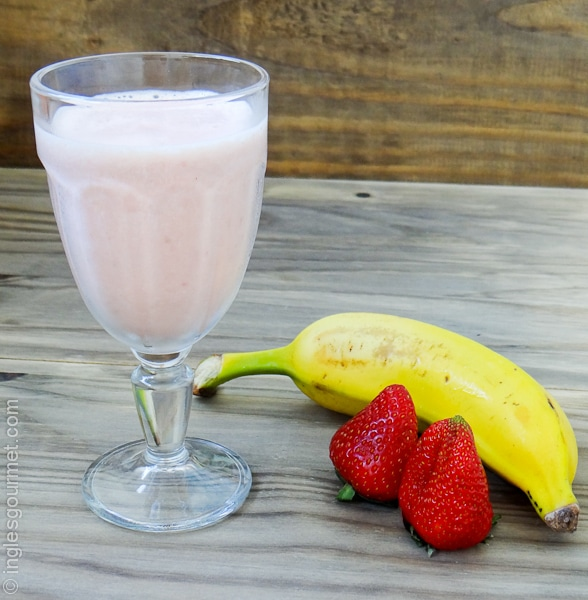 Banana Strawberry Smoothie