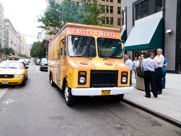 frites-and-meats-truck