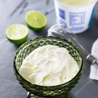Receita de Sour Cream {Creme Azedo}   Inglês Gourmet