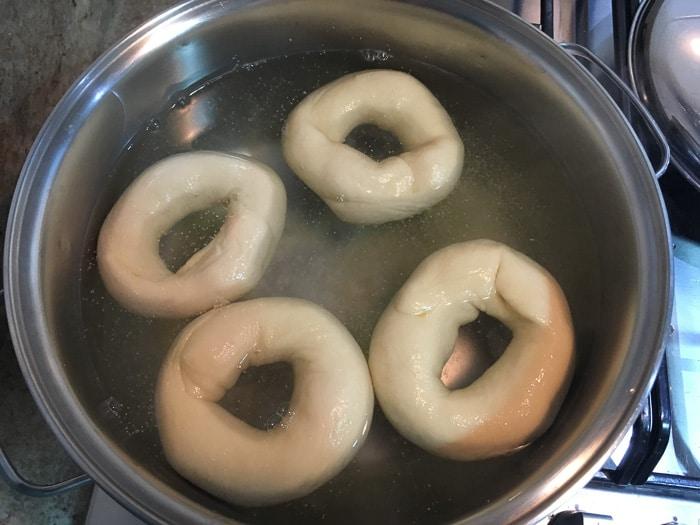 Receita de Bagels com passo a passo   Inglês Gourmet