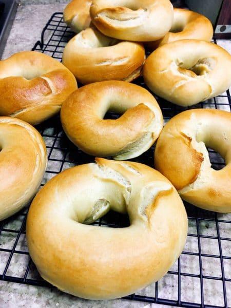 Receita de Bagels com passo a passo | Inglês Gourmet